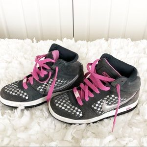 Nike Grey Pink Boots Sneakers 6